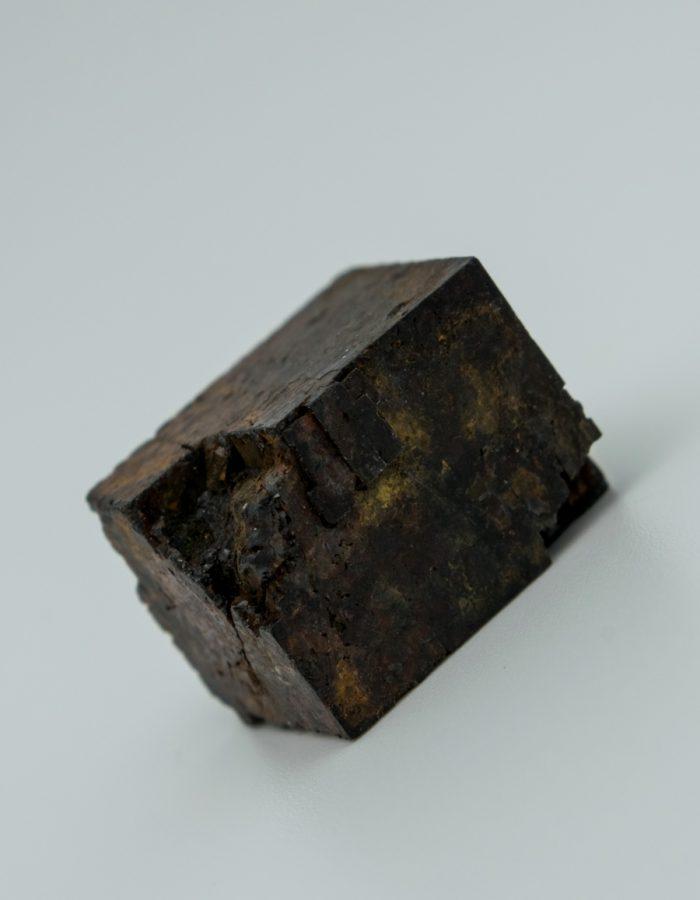 Indra-Eudaric-Collecion-Edifice-Pierre-Pyrite-Limonisé-5